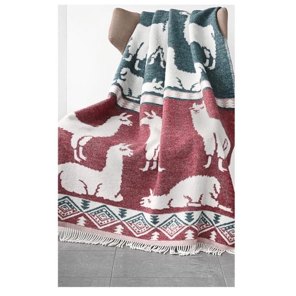 Wolldecke mit Lama Motiv, Farbe bordeaux und Grün mit Fransen