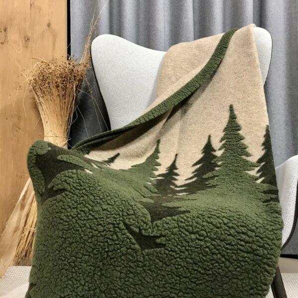 Wolldecke Waldmotiv, Farbe grün/beige, Chalet und Landhausstil